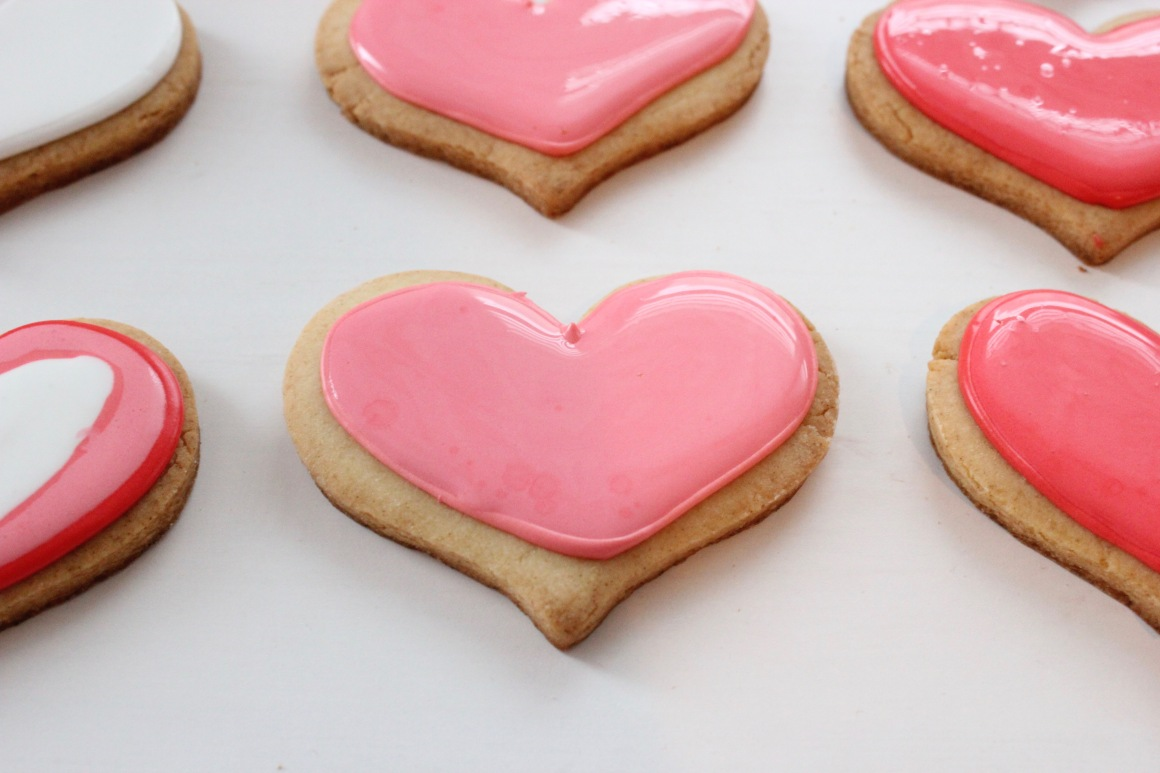 pink heart cookie without bubbles.jpg