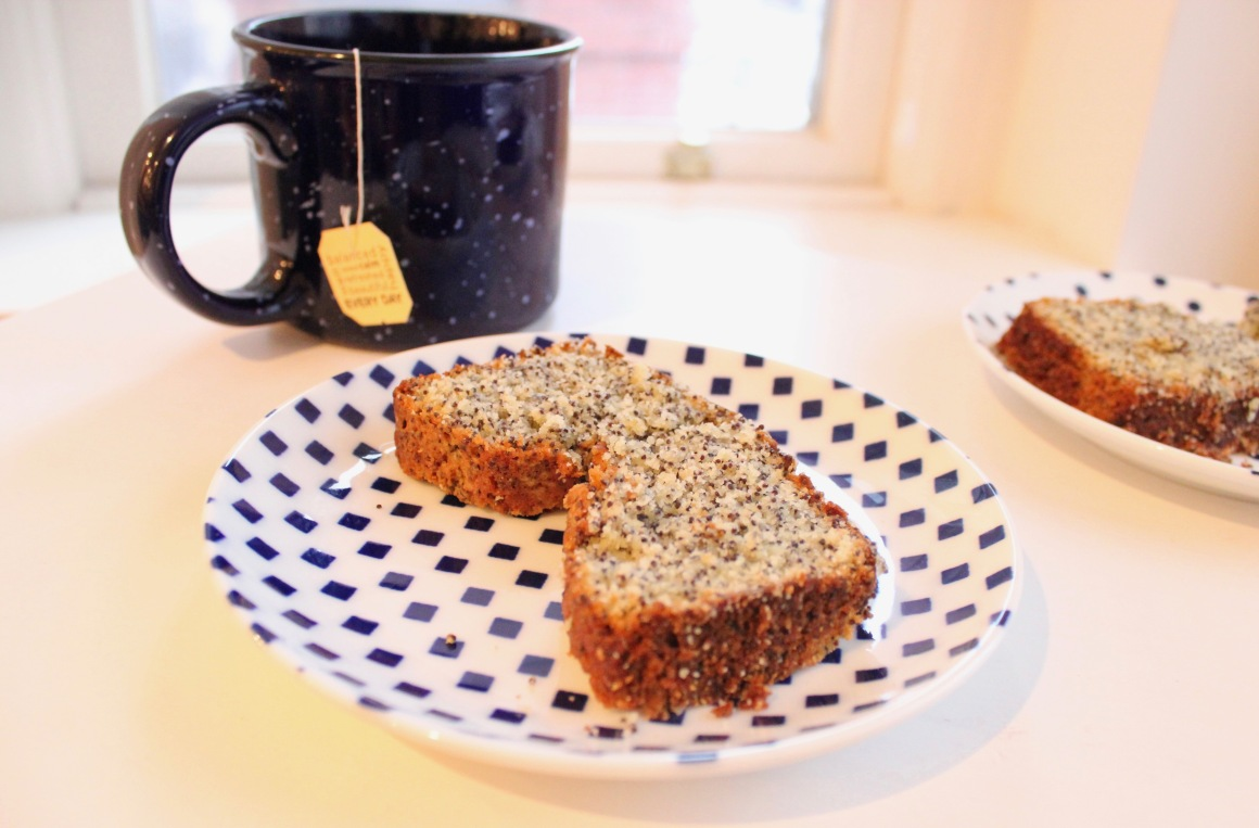 poppy seed slice and tea.jpg